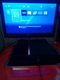 PS4 1TB Jet Black, controller, 2 x games, HDMI cable