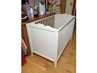 Standard baby toddler kids cot excellent condition