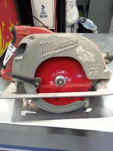 Milwaukee 6390-29 Tilt Lock Circular Saw (105554)