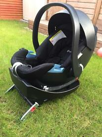 Cybex Aton Baby Car Seat and 1 x Cybex isofix Base RRP £230