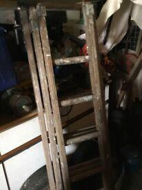 Wood extension ladder