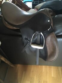 "Jackie Roberts General Purpose 17"" saddle"