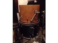 "mapex v series bass drum 22"" and ajax vintage kick drum 20"""