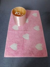 Pink bedroom lampshade and heart rug