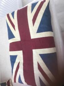 Large cushion Union jack