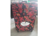 """ECO LITE SUITCASE 83CM (30"""") BRAND NEW - ONLY 2.9KG WEIGHT"""