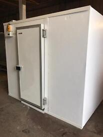 Arneg 8ft x 8ft cold room walk in chiller fridge