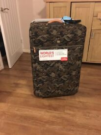 It large lightweight suitcase brand new