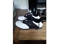 Dunlop golf shoes