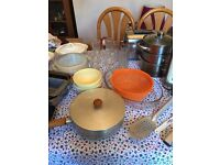 Mixed kitchenware