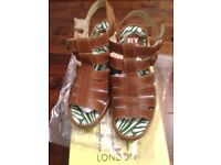 New Fly London Ygor Size 4 -£35
