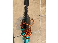 Bosch AHS 45-16 Electric Hedge Cutter, 450 mm Blade Length, 16 mm Tooth Opening, Almost new!!!