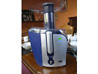 BREVILLE BLENDER with JUG & RECIPE BOOK........ Perfect condition.