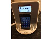 iPod docking station and alarm clock radio