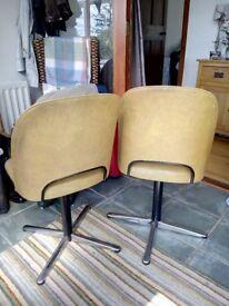 4 Centa Vintage Swivel Chairs