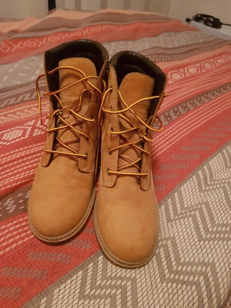 Womens timberland wedge boots size 7