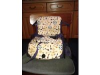 CHILDS TRAVEL BOOSTER SEAT