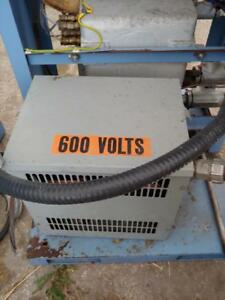 HPS (Hammond Power System) Transformer 9 KVA 600-208Y/120 Volts