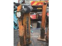 Swing lift foldaway crane 500kg