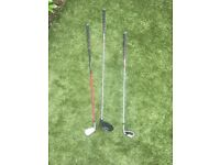 Selection of golf clubs £10