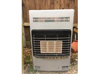 Delonghi calor gas heater + full 15kg gas bottle