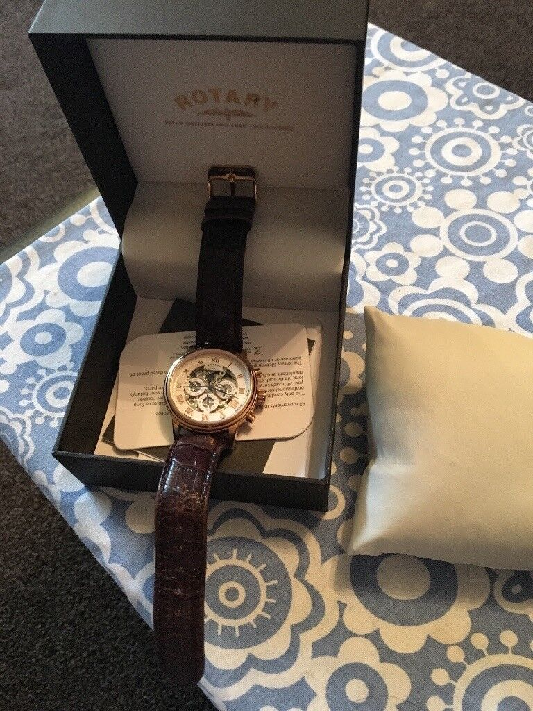 MENS ROTARY WATCH - MINT CONDITION STILL IN BOX WITH ALL TAGS