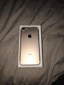 Iphone 7 gold 32gb,factory unlocked with box