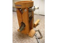 Grain flaker - Schnitzer quality hand flaker for oats/other grains/seeds
