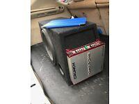 Vibe subwoofer, Crunch amplifier 600w