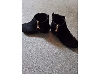 Quiz ankle boots (Size 8)