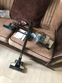 Vax blade cordless vacuum only 6 months old
