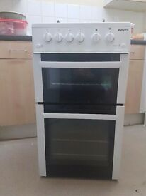 Beko Gas cooker with seperate grill and oven.