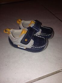 Boys Clarks shoes size 4 G 12 months+