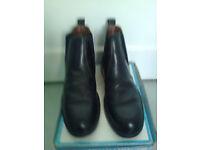 Men's Chelsea/Dealer/Derby Boots, Oaktrak Premier Collection, size 10, Private sale, having clear ou