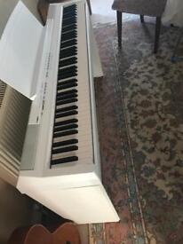 Yamaha Digital piano p105