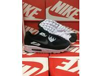 NEW men's 7 Nike air max 90 trainers