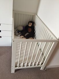 White IKEA Gulliver cot and mattress in great condition