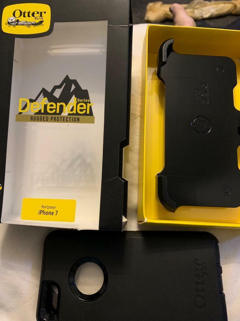 best service 73967 6f736 OtterBox Defender Iphone 5/5s/SE mobile case and belt holder   in  Liverpool, Merseyside   Gumtree