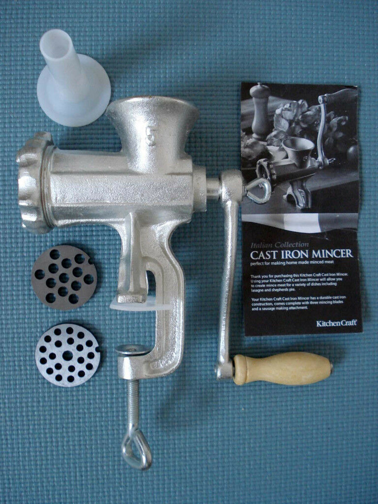 Kitchen Craft cast iron mincer – as new