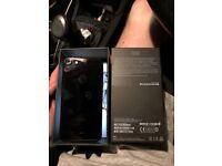 iPhone 7 Jet Black 02 128GB £250