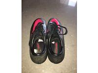 Nike football boots.Size UK 7 Black /silver. Aluminium stoods