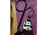 Russell Hobbs vacuum cleaner / Hoover for sale