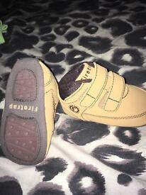 Size 0 shoes boys