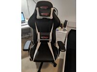 Used GTOmega Racing Gaming Chair in Very Good Condition!