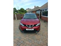2015 Nissan Qashqai N-Tec+ 1.5dci Red FMDSH £0 Road Tax, Fully Loaded 1 owner