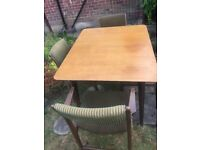 Retro dining table (Everest) and 4 padded chairs (Brookes Sempar Ltd)