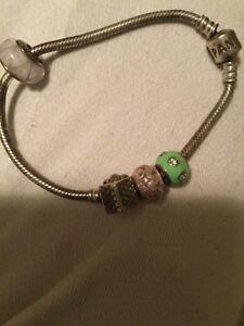 Authentic pandora bracelet with 4 charms  Cambridge Kitchener Area image 1