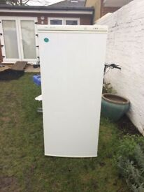 **FREEZER!!**DELUXE**FROST FREE**FREEZER!!!**ONLY £80**FULLY WORKING**COLLECTION\DELIVERY**BARGAIN**