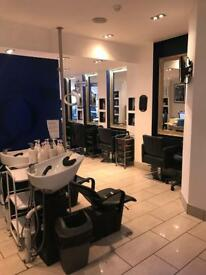 Independent Salon to rent!! Fridays/Saturdays/Sunday's!!