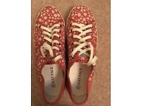 Ladies Fat Face lace up pumps (new)